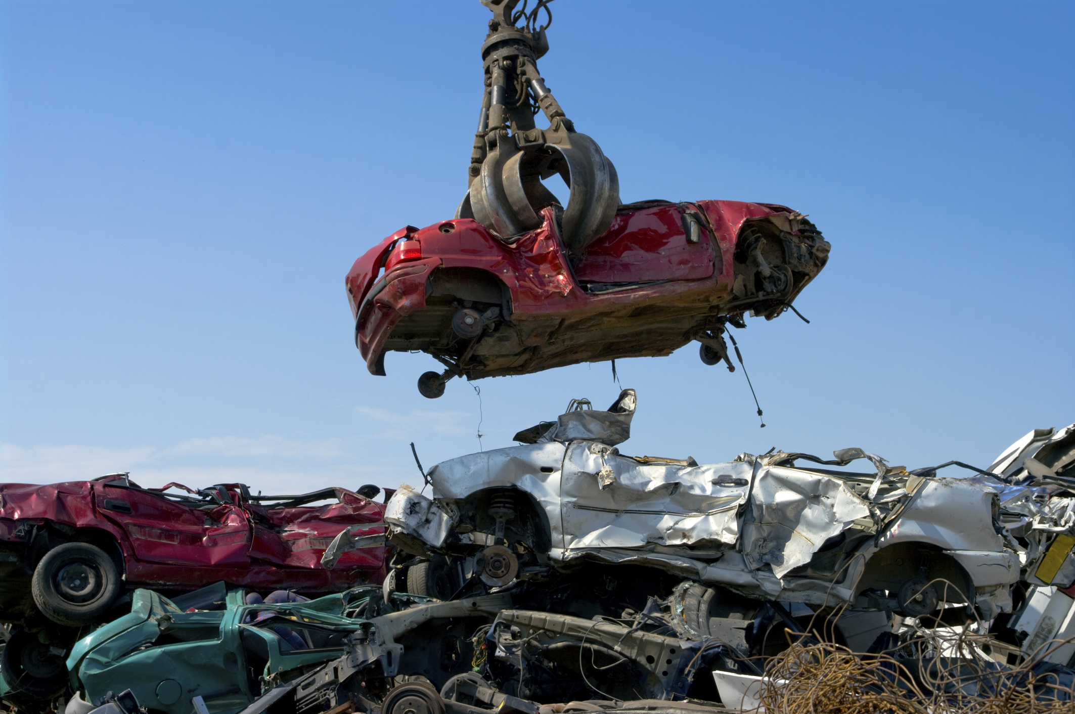 PRICE OF METAL ON JUNK CARS RISES
